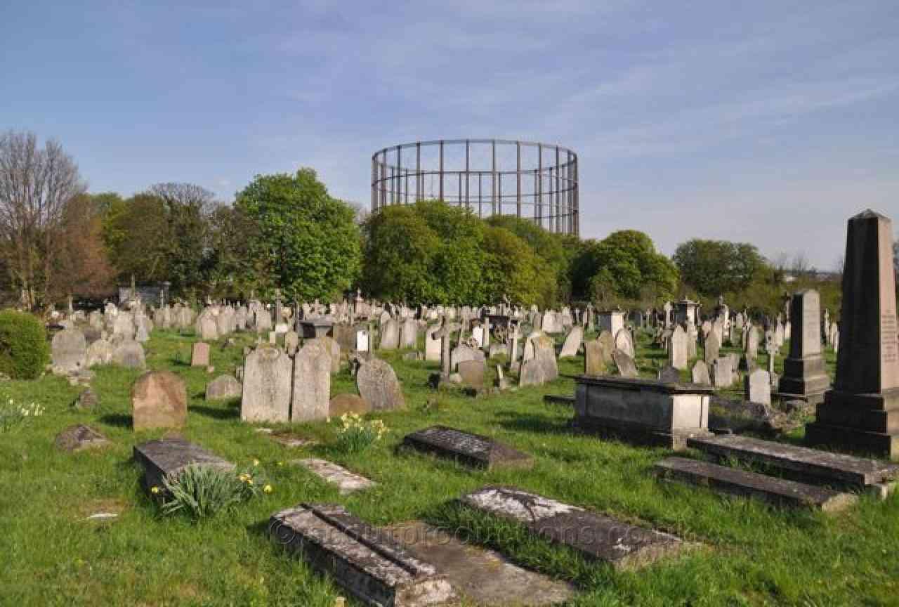 Cemeteries & Graveyards